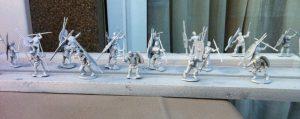 Miniaturas con imprimación blanca