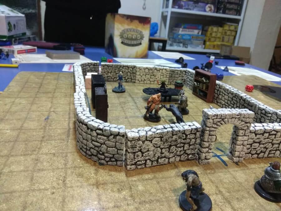 Escena de combate de la partida de Savage Worlds en el Club Dragom